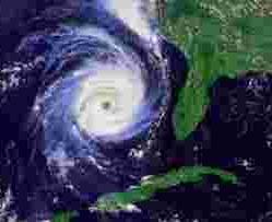 Циклонический тип погоды вызывает длительное ненастье