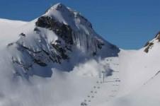 Лавинообразование на горных склонах
